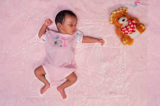 Book four different offers in KM Pixel Photography they are newborn photography, maternity photography, kids and baby photography, this is the best package in kids photography if anyone needs the kids photography and a  newborn photography on maternity photography baby cake smash photography just contact km pixel photography and we are provide a newborn photography props also