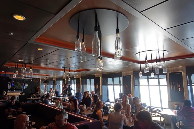Megastarin ravintolat, Tallink Silja - risteilyllä Helsingistä Tallinnaan
