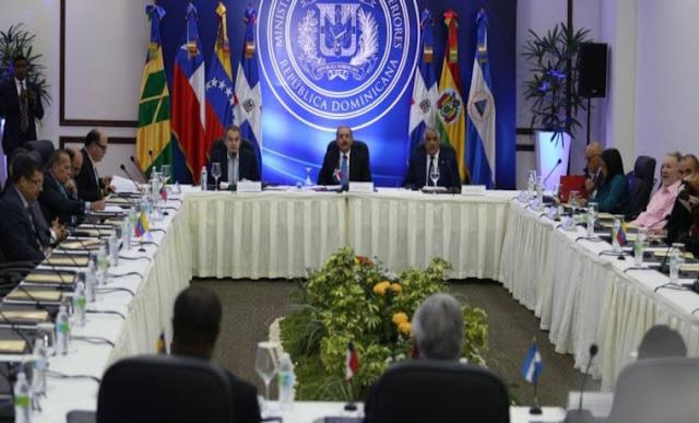 ¿Los diálogos entre Maduro y la oposición tienen algún futuro?
