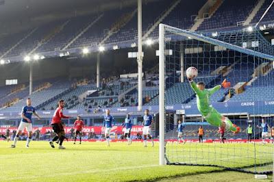 ملخص واهداف مباراة مانشستر يونايتد وايفرتون (3-1) في الدوري الانجليزي