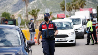 ولاية تركية تعلن قرار منع الخروج بدون كمامة