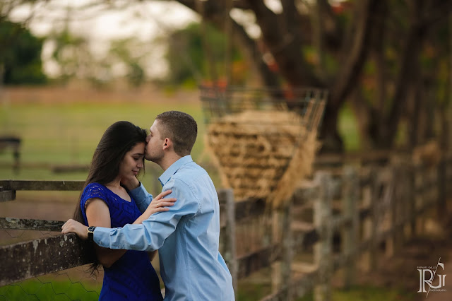 raphael gallo, ensaio romântico, prévia romântica, natureza, flamboyant, e-session, pré wedding, rústico, noivos,