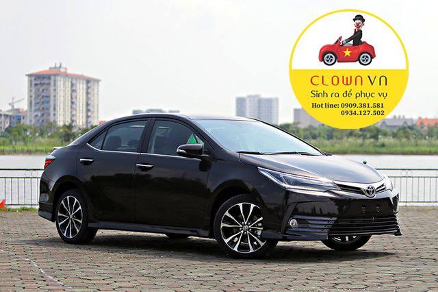Cho thue xe du lich Toyota Camry tai Sai Gon - Ho Chi Minh