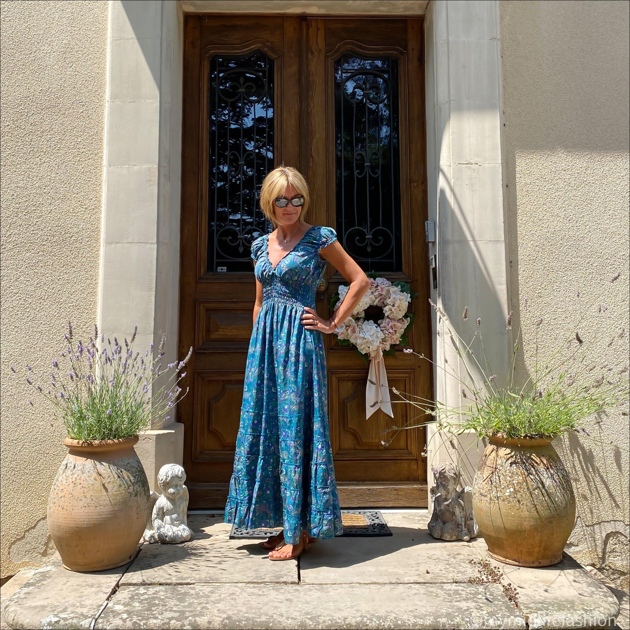 my midlife fashion, Carmela leather thong sandals, maxi patterned elastic dress