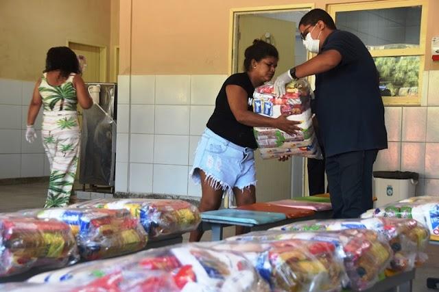 Projeto Merenda no Lar já beneficiou mais de 80% dos alunos da rede pública municipal de ensino de Natal