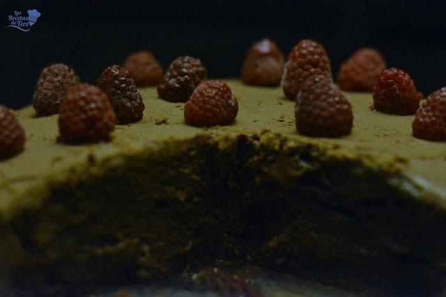 Tarta ràpida de chocolate con frosting de chocolate y queso tererecetas 06