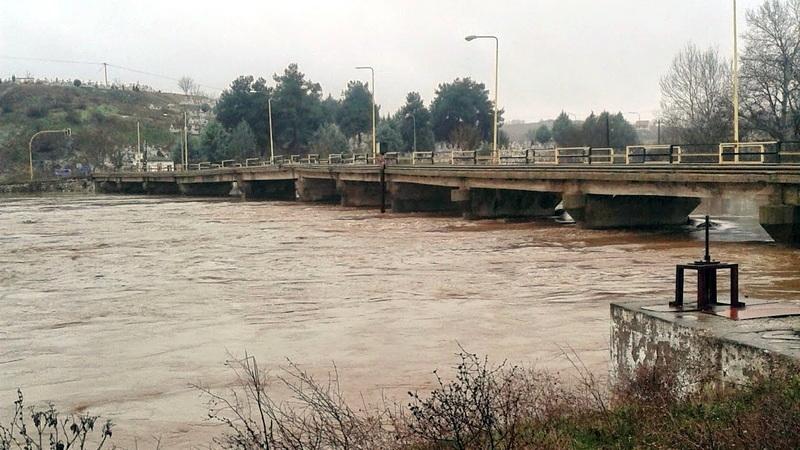 Επικίνδυνη αύξηση υδάτων παρατηρείται στον Ερυθροπόταμο και στο ρέμα Μικρού Δερείου Έβρου