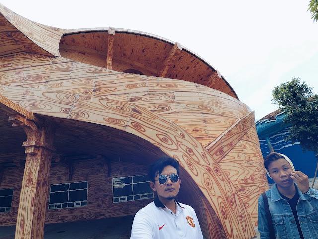 Bangunan Unik di Atlantis Land Surabaya