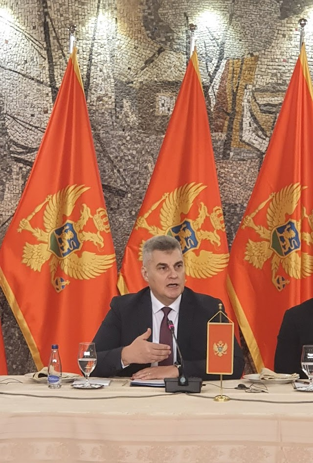 Brajović: Učesnici litija osporavaju državotvornost Crne Gore