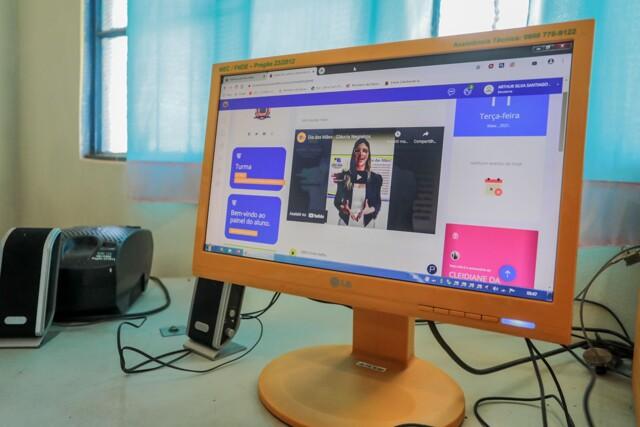Escola Virtual chega para alunos da rede municipal de ensino em Porto Velho