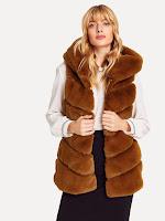 https://fr.shein.com/Hooded-Textured-Faux-Fur-Vest-p-492807-cat-1735.html