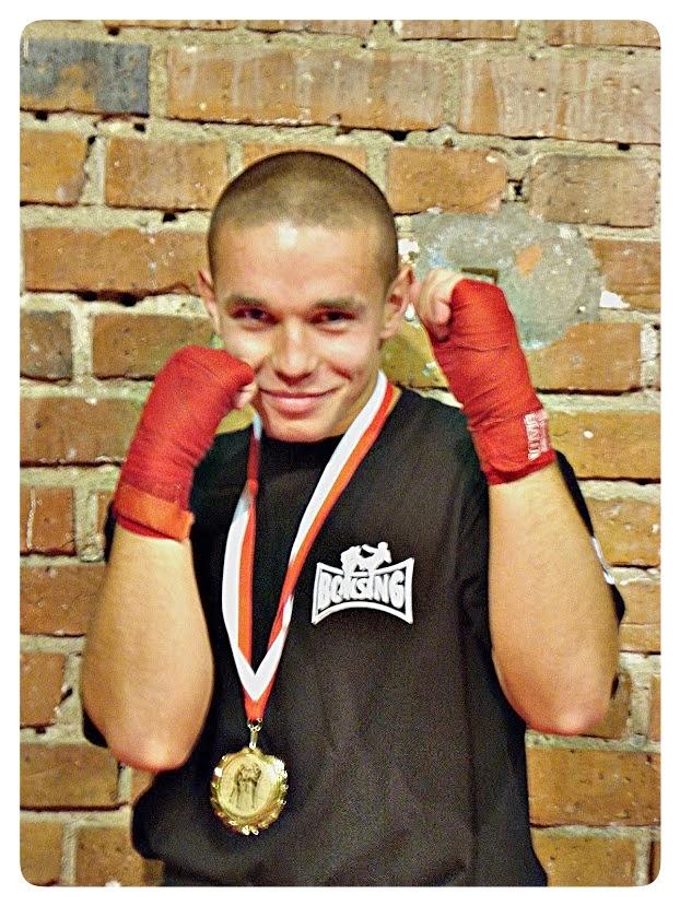 Mariusz Kperwas, boks, kickboxing, treningi, Zielona Góra, muay thai, SKF Boksing Zielona Góra, sport