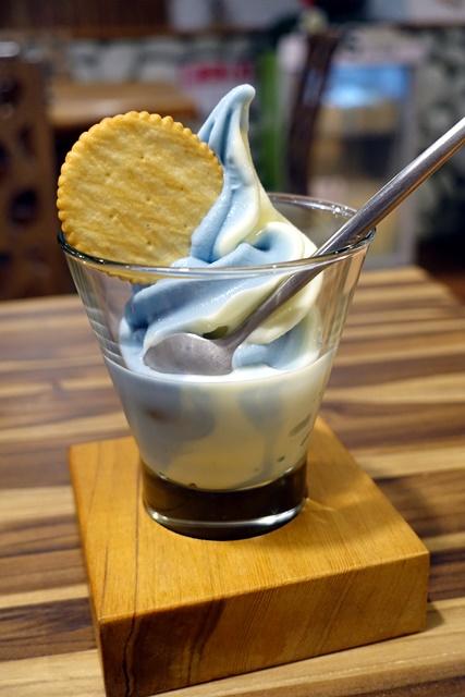 卓也小屋一抹藍霜淇淋