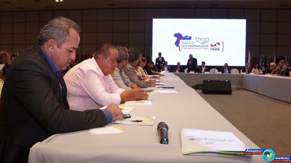 Em Belém, municípios da Amucan participam de encontro com o governador do Pará.