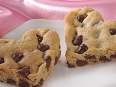 how to Decorated with Toll House Chocolate Chip Cookie Bars?