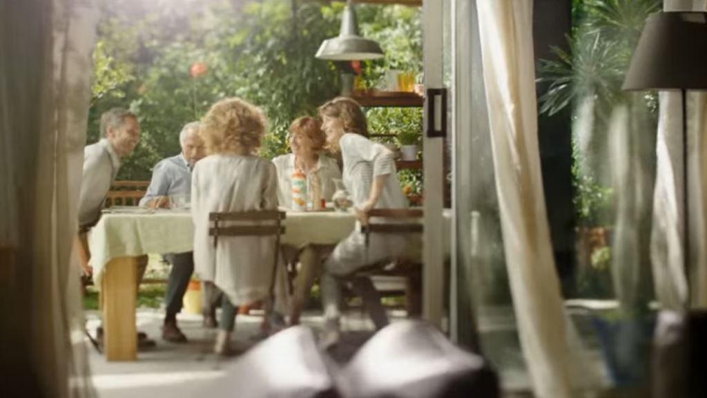 Pubblicità Olio Cuore 2016 spot 'potrà sorprendervi...' Foto e Testimonial, immagini spot