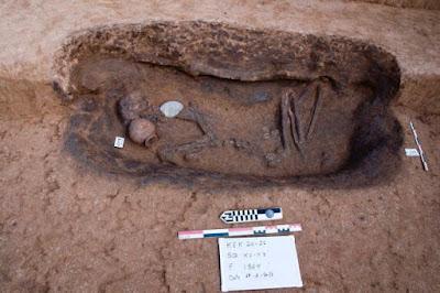 Αίγυπτος: Βρέθηκαν σπάνιοι τάφοι της εποχής πριν από τους Φαραώ