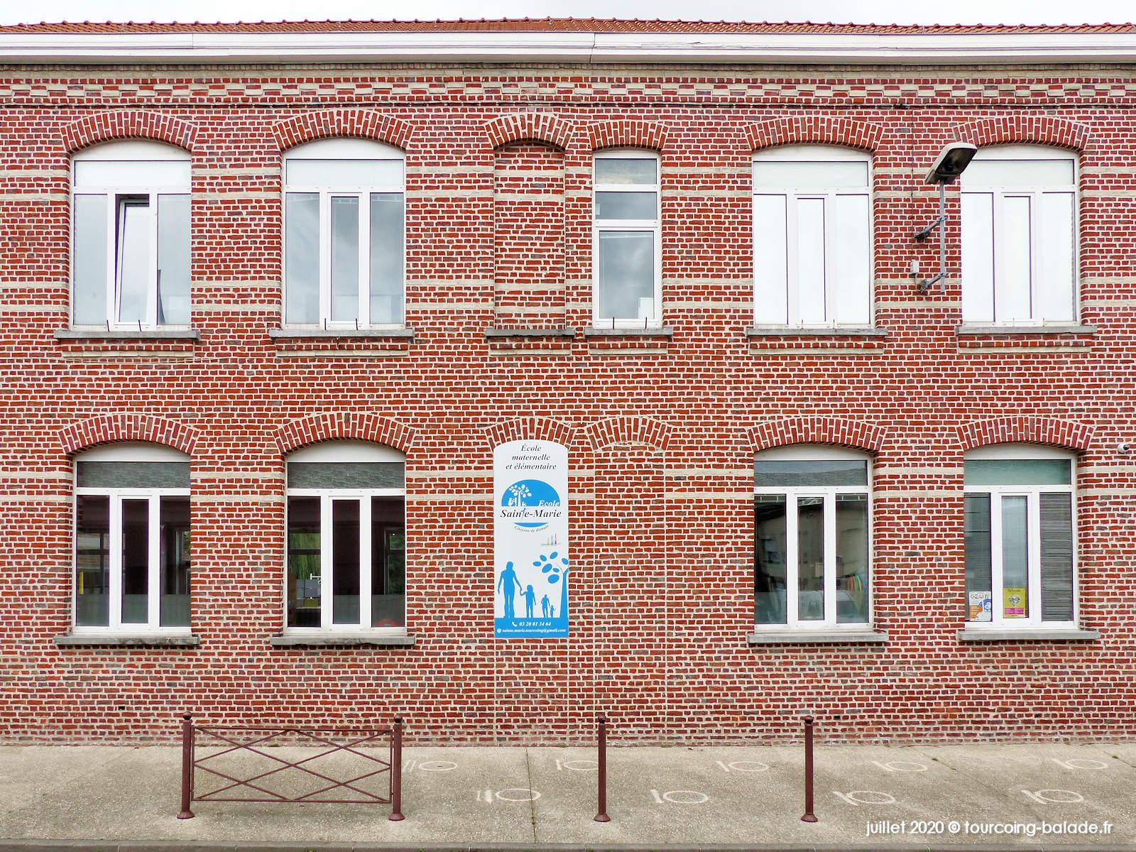 Façade de l'École Sainte Marie, Tourcoing 2020