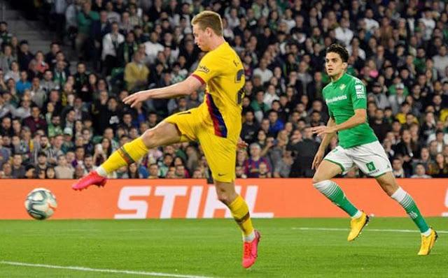 """Video Real Betis 2-3 Barcelona: Dấu ấn Messi & cuộc rượt đuổi """"điên rồ"""""""