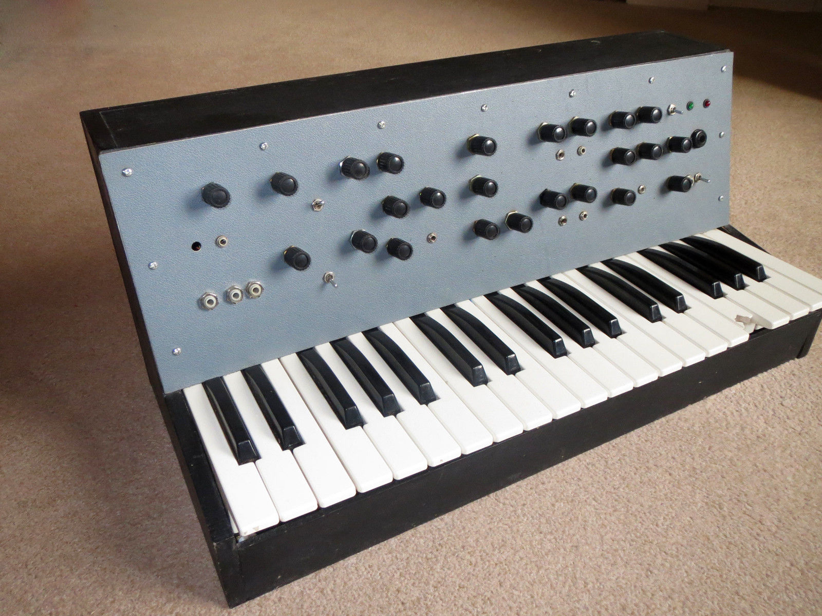 MATRIXSYNTH: Rare R A  Penfold DIY Analogue Synthesizer