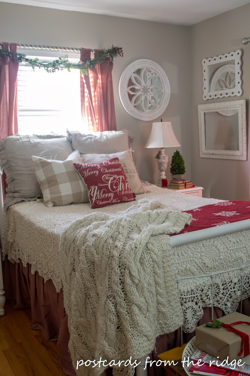 Love this cozy, cottage bedroom decorated for Christmas.