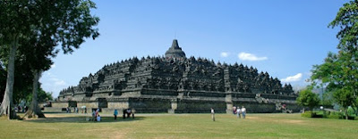 Borobudur, The Magnificent Buddhist Temple In Magelang, temple, family vacation, reachable vacation, cheap vacation, central java