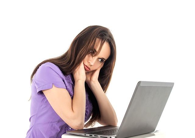 Como tener buena postura frente al ordenador y ser más productivo - El Blog de HiiARA