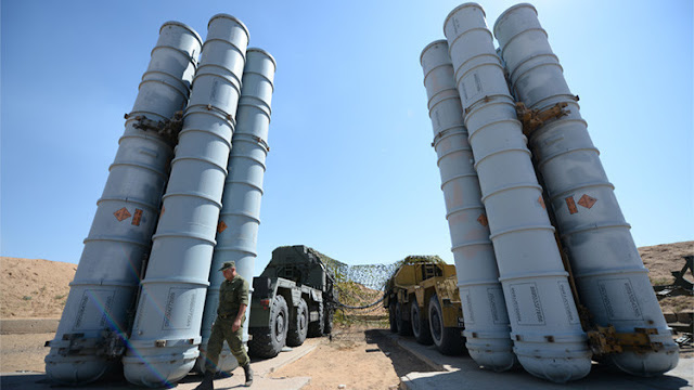 """The Washington Post"": Sistemas antiaéreos rusos S-300 obligan a EE.UU. a cambiar de guion en Siria"