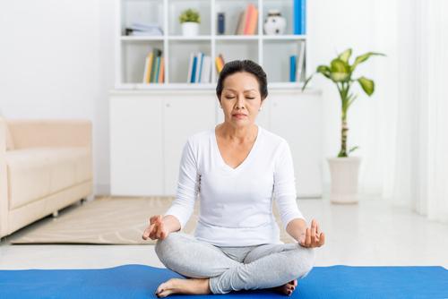 Lắng nghe cơ thể khi hành thiền giúp việc tĩnh tâm trở nên dễ dàng hơn