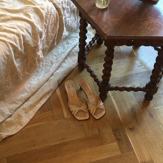 Brocade bedspread. | bedroom, decor, interior, simple, renaissance, medieval, victorian, baroque, vintage, romantic, feminine | via @ulrikke_bie | Allegory of Vanity