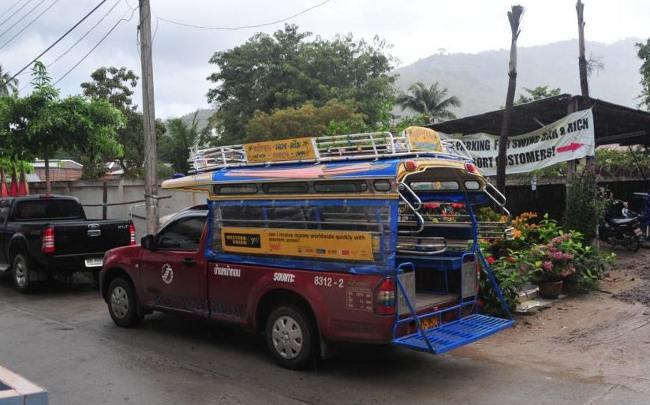 Сонгтео общественный транспорт Самуи
