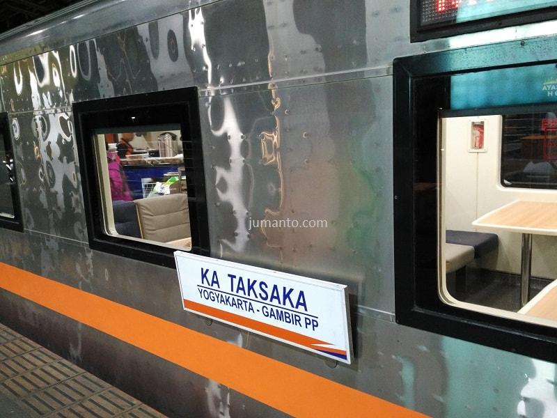 gambar kereta api taksaka