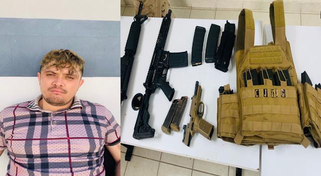 Fotos; Capturan a EL Nicky en San Luis Río Colorado, Sicario emisario de El Mencho Mata policías con armas y chalecos con siglas de El CJNG