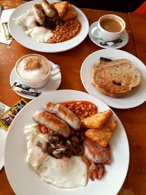 Mudchute farm - English breakfast
