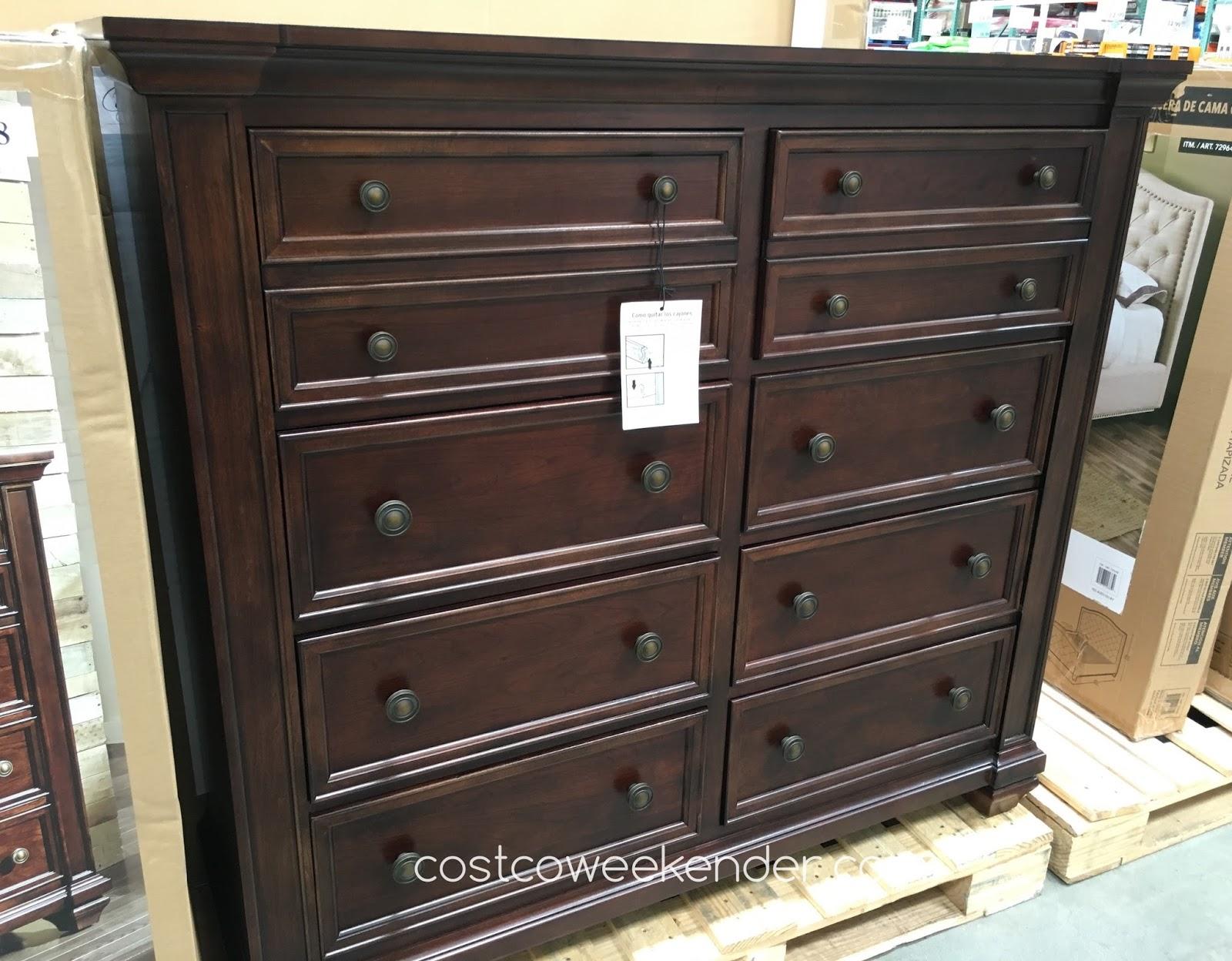 universal furniture broadmoore