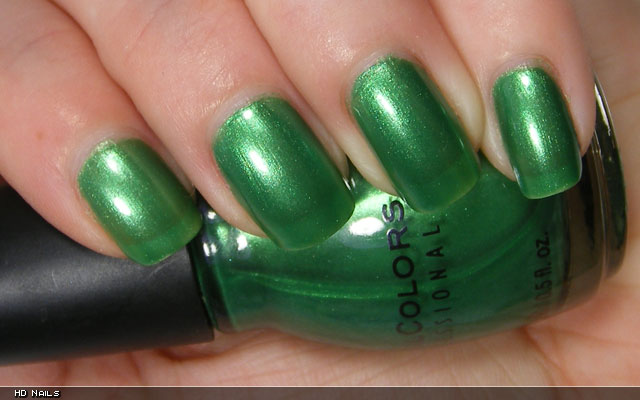 xoxoJen's swatch of Sinful Colors HD Nails
