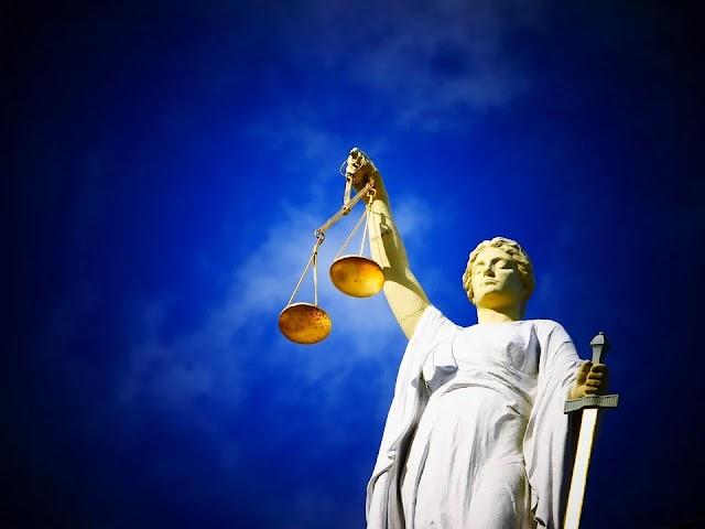 Apa dan Siapa Subjek Hukum