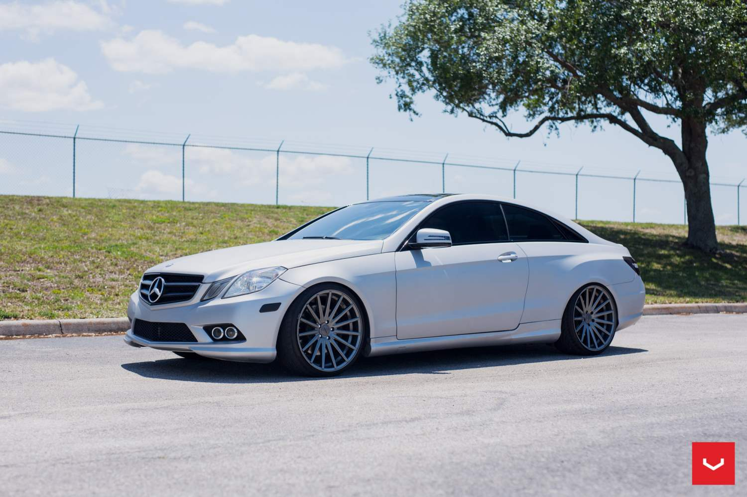 Mercedes benz e class on vfs2 vossen series wheels for New e series mercedes benz