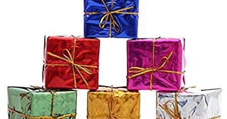 5 Ways to Rock your Christmas Wedding With Ornament Gift Boxes