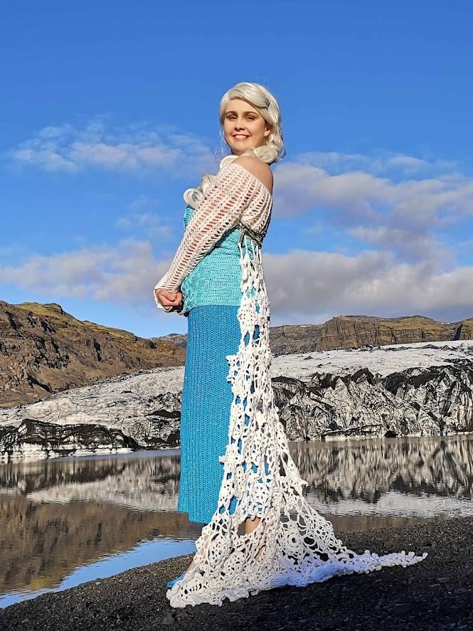 Crochet Cosplay: Elsa Ice Queen Dress