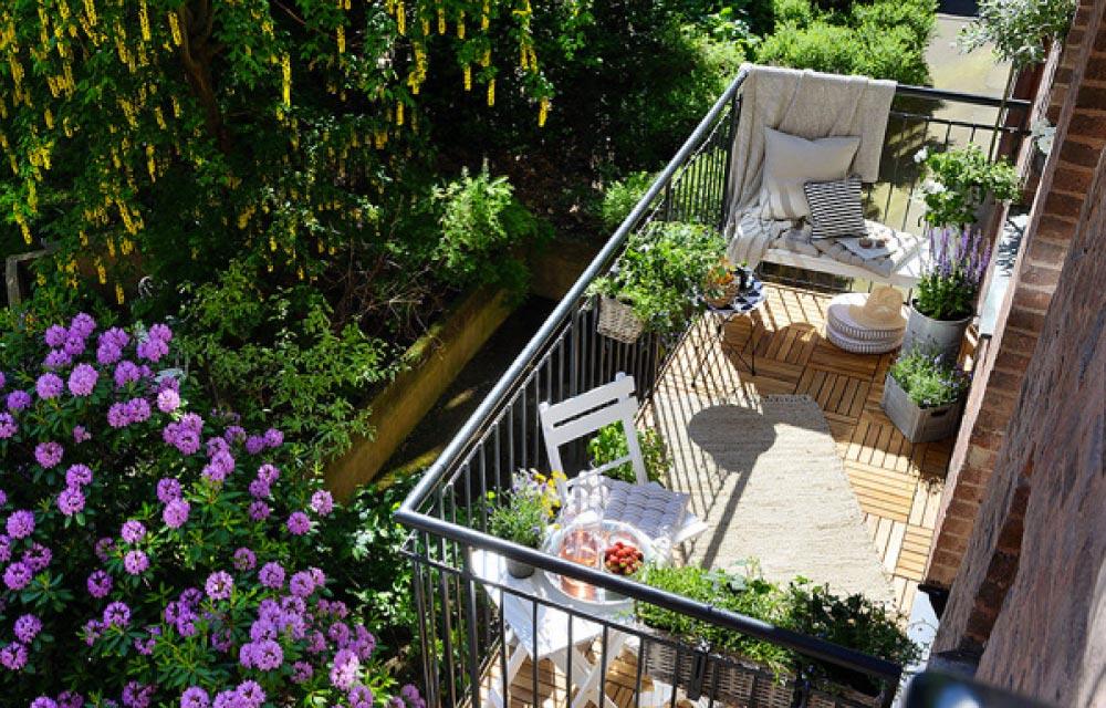 Arreda e decora il tuo balcone in primavera blog di for Idee arredo balcone