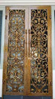 pintu besi
