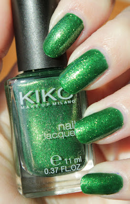 http://lacquediction.blogspot.de/2015/09/kiko-533-pearly-golden-green.html
