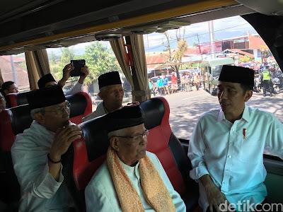 Usai Salat Jumat, Presiden Jokowi Ajak Ulama Sumbar Makan Siang Bersama - Info Presiden Jokowi Dan Pemerintah
