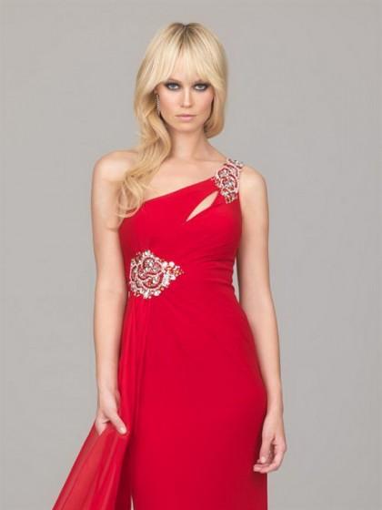 احمر في احمر Beautiful-Red-Prom-D