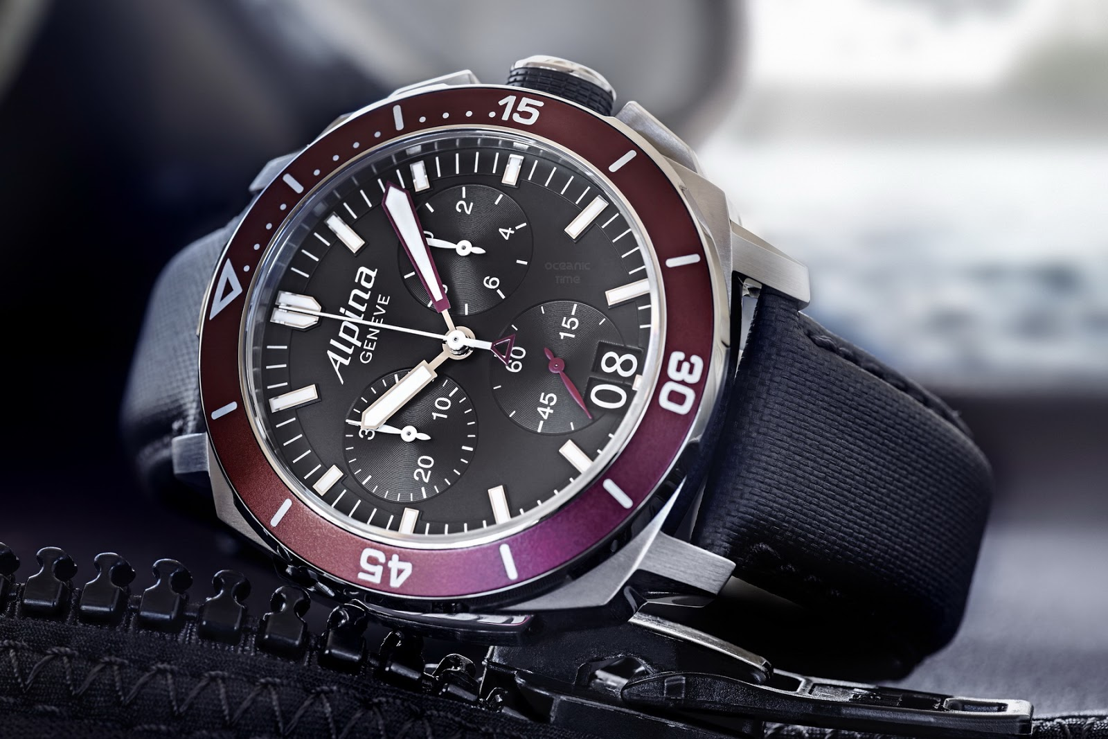 alpina seastrong diver 300 chronograph big date. Black Bedroom Furniture Sets. Home Design Ideas
