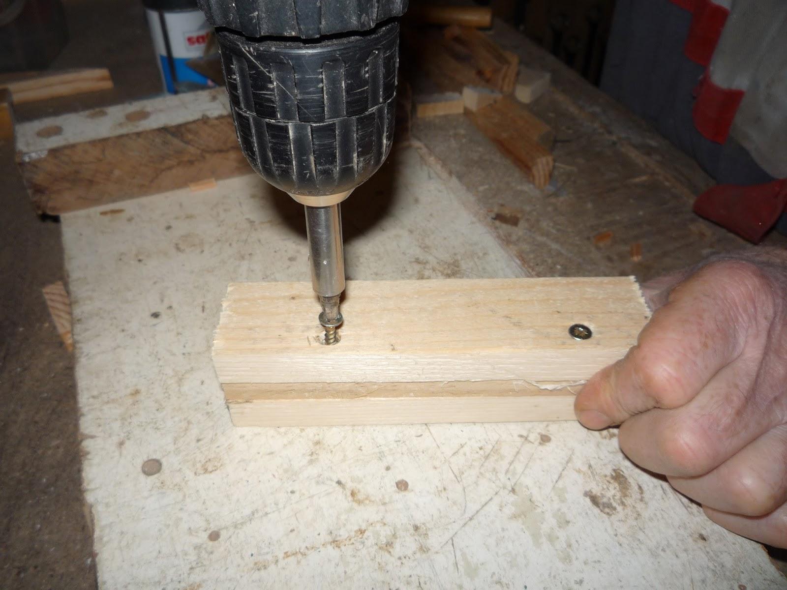 Simple pallet wood gas strut repair