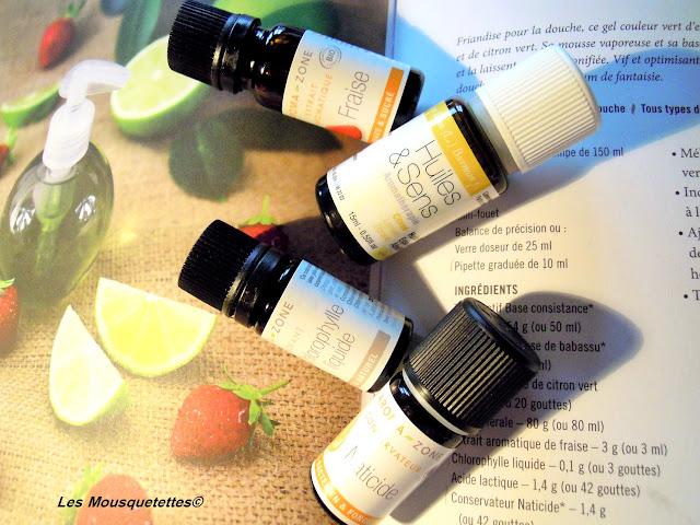 Une partie des ingrédients nécessaires pour la réalisation du Smoothie de Douche - Blog beauté Les Mousquetettes©
