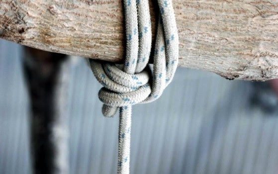 18-year-old girl engaged from 10 month self-hanged