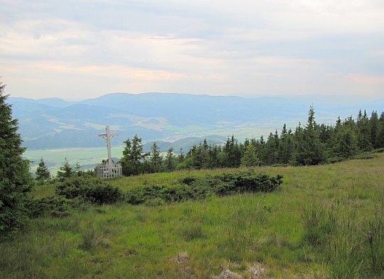 Widok z przełęczy za Andrejcovą w stronę Murańskiej Płaniny.